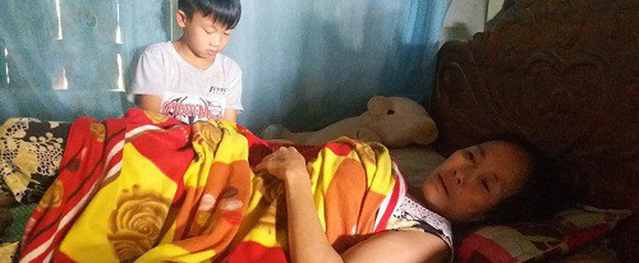Xót xa gia cảnh chú bé nghèo ôm ước mơ trở thành bác sĩ