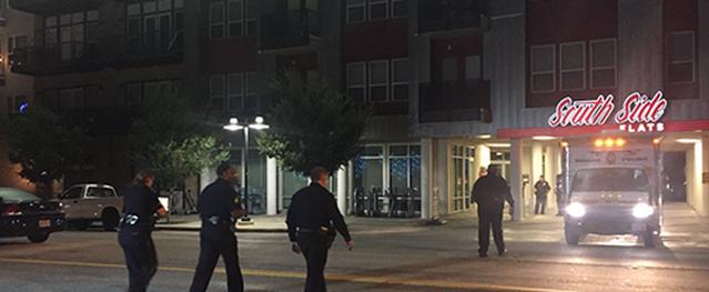 Cảnh sát Mỹ bắn chết người vì vào nhầm nhà
