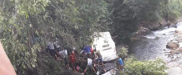 Lai Châu: Tai nạn kinh hoàng, 11 người tử vong