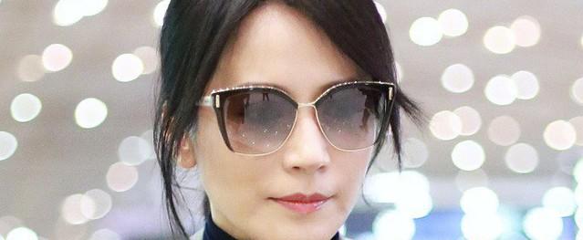 Du Phi Hồng - chị đại U50 gây sốt với vẻ đẹp trường tồn cùng châm ngôn sống: 'Tôi chưa kết hôn, nhưng tôi hạnh phúc'