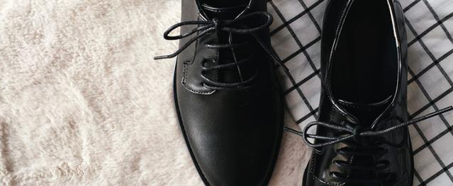 """3 mẫu giày công sở với vẻ ngoài cá tính luôn được lòng các chị em nói không với """"bánh bèo"""""""