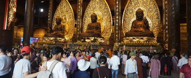 Đại lễ Phật Đản Vesak 2019: Hơn 600 lượt người được chăm sóc y tế
