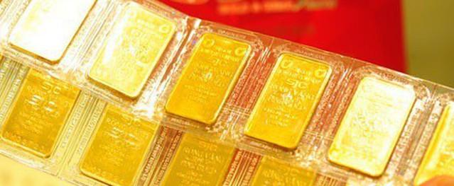 """Giá vàng tăng """"sốt xình xịch"""" vượt mốc 39,5 triệu đồng"""