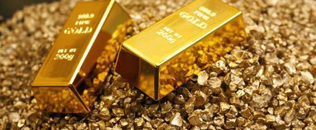 Giá vàng hôm nay 28/1: Vàng bất ngờ giảm nhẹ nhưng vẫn vững vàng trên đỉnh
