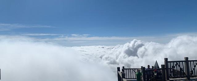 Du khách trở lại Sa Pa hưởng ưu đãi kích cầu trong mùa săn mây