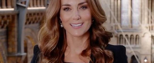 Vừa xuất hiện, nhan sắc tuổi 38 của Công nương Kate đã khiến fan choáng ngợp bởi vẻ đẹp hoàn hảo