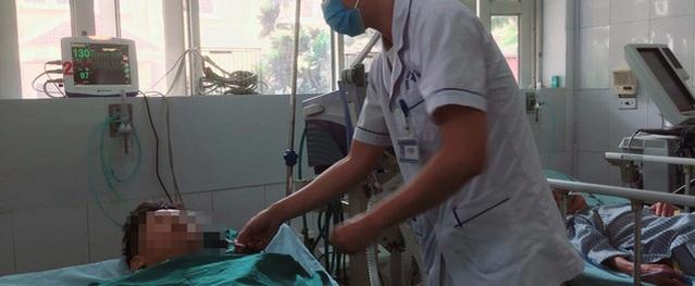 Người đàn ông mất 2 lít máu, vỡ bàng quang do tai nạn