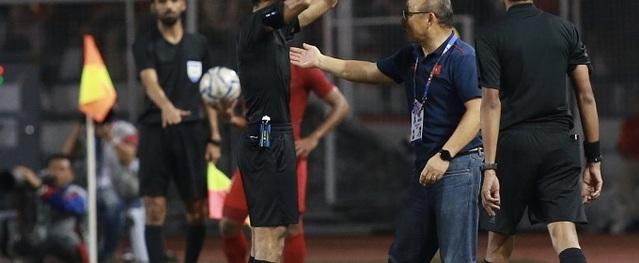 HLV Park Hang-seo chính thức nhận án phạt vì thẻ đỏ trong trận chung kết SEA Games 30