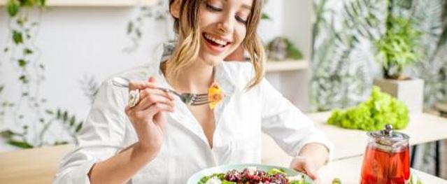 Ăn mặn 'giết' cơ thể nhanh hơn mắc ung thư, biết mà dừng kẻo ân hận mấy cũng muộn