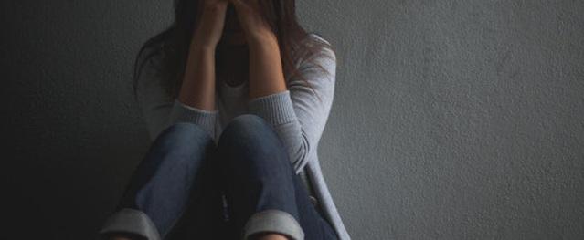 Ngày em gái tôi mất, mẹ tôi gào khóc uất hận khi một người phụ nữ giàu tự xưng là mẹ bạn trai của em gái tôi đến viếng