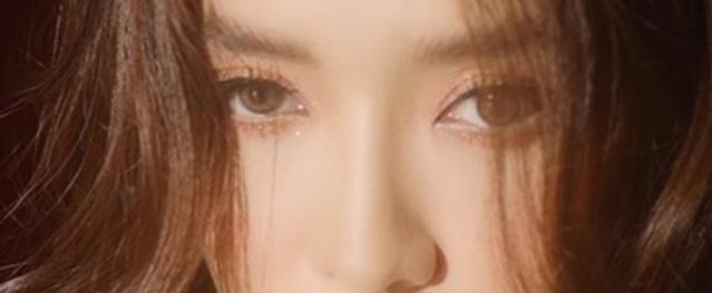 Loạt MV trở lại của Bích Phương: Đầu xuôi nhưng... đuôi không lọt