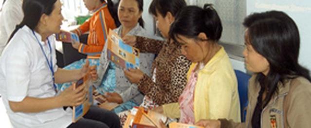 Đưa Trung tâm DS-KHHGĐ về trực thuộc UBND quận, huyện, TP: Bước ngoặt đáng ghi nhận