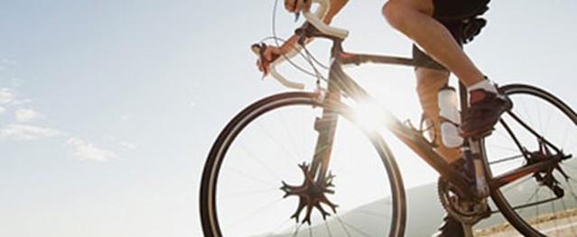 """Đạp xe không ảnh hưởng """"khả năng"""" đàn ông"""