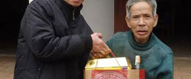 Tết vui với 3 phận người nghèo khổ dưới chân núi Đọ