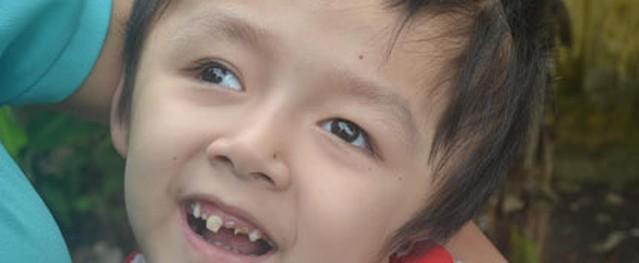 Niềm vui và nụ cười rạng ngời đến với bé Tâm Anh
