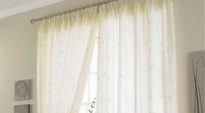 Mẹo bảo quản rèm cửa đẹp như mới