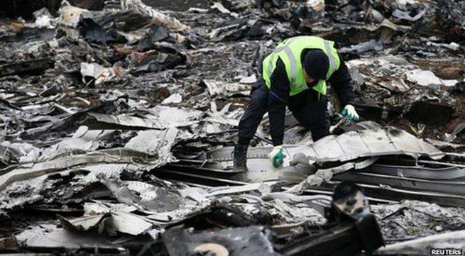 Khôi phục một phần chiếc máy bay MH17