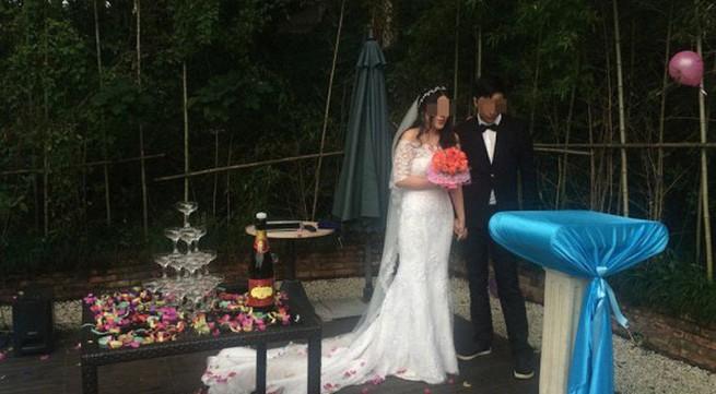 Đám cưới xúc động của cặp đôi tổ chức lễ cưới để... chia tay