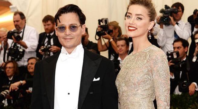 """""""Chàng cướp biển"""" Johnny Depp đã bí mật tổ chức đám cưới"""