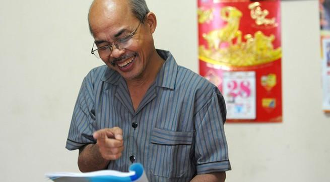 Hán Văn Tình tập kịch ở nhà sau điều trị ung thư
