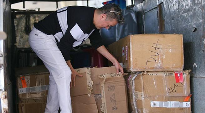 Mr. Đàm mua 13 kiện hàng từ Mỹ về trang trí Giáng sinh