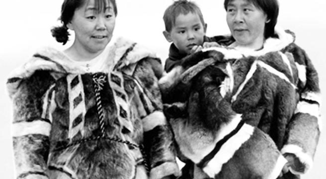 Giải mã bí mật kỳ diệu của bộ tộc nổi tiếng nhất thế giới về khả năng ân ái (1)