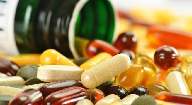 Nguy cơ mắc ung thư, bệnh tim do lạm dụng vitamin
