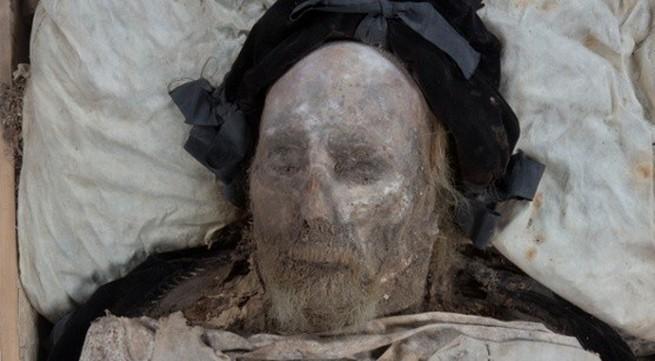 Bí ẩn của hài cốt nằm cạnh xác ướp lừng danh ở châu Âu