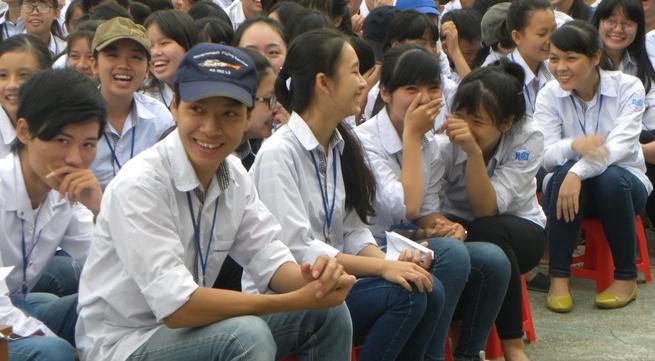 Huyện Đông Hưng, Thái Bình: Hơn 1.300 học sinh được tư vấn về an toàn tình dục