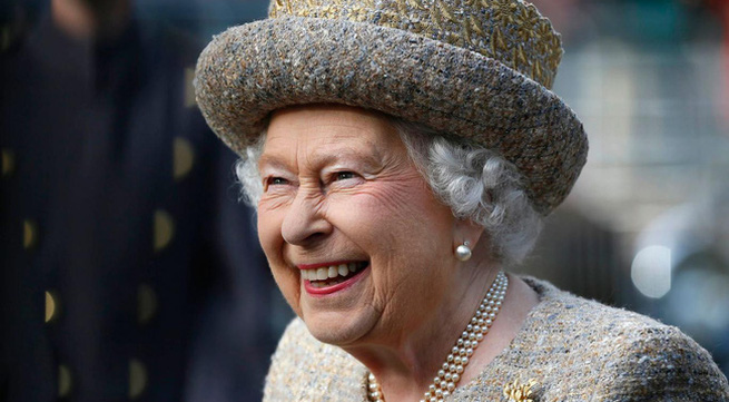 Nữ hoàng Anh ốm nặng, không thể dự lễ tại nhà thờ Sandringham dịp lễ Giáng sinh