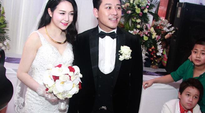 Hương Baby vợ ca sĩ Tuấn Hưng, từ cô PG đen nhẻm tới nữ doanh nhân gợi cảm, sành điệu