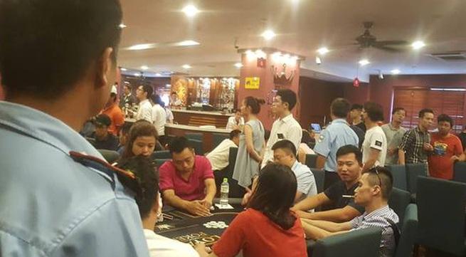 """Vén màn bí mật về những giải đấu Bridge & Poker: CLB """"ngồi lên"""" quy định của Hiệp hội"""