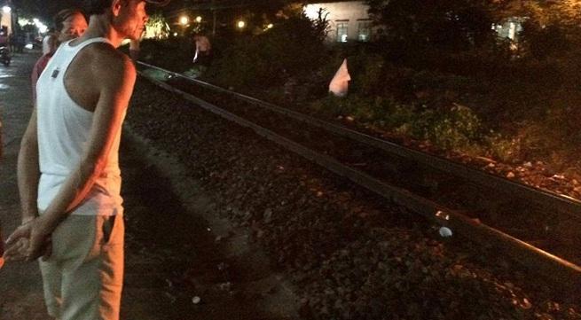 Băng qua đường sắt, nam thanh niên bị tàu hỏa tông chết trong đêm mưa
