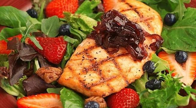 Những thực phẩm nên ăn để làn da bạn luôn tươi trẻ