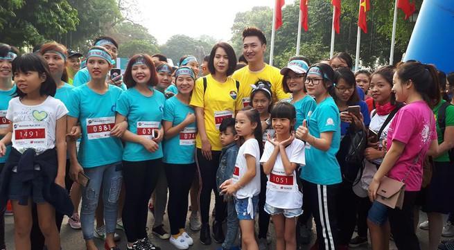 Diễn viên Mạnh Trường tham gia chạy vì trẻ ảnh hưởng tai nạn giao thông