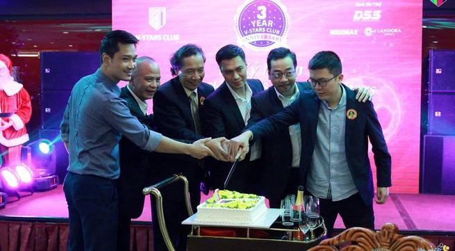 Kỷ niệm 3 năm thành lập CLB V-Stars, nơi những người nổi tiếng chung tay làm thiện nguyện