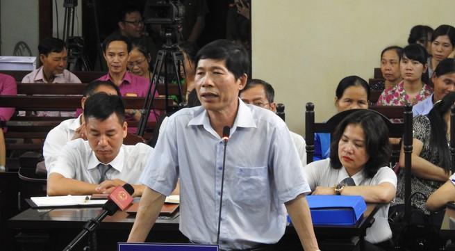 Khởi tố 2 lãnh đạo tại Bệnh viện ĐK tỉnh Hoà Bình liên quan sự cố chạy thận làm 9 người tử vong