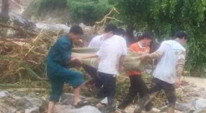 Thanh Hóa: Hiện trường trận lũ quét kinh hoàng khiến 4 người trong gia đình chết và mất tích