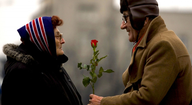 Một chút lãng mạn cho tuổi già thêm ý nghĩa