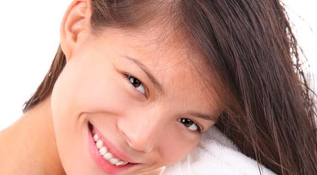 6 mẹo rẻ tiền giúp khắc phục triệt để tóc rụng mùa hanh khô