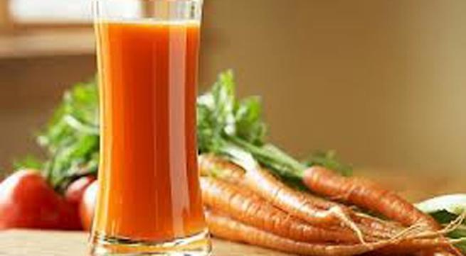 Tác hại khi dùng nước ép cà rốt sai cách