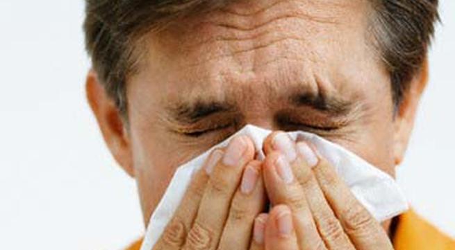 Nước bọt của người cao tuổi giúp ngừa.... cúm
