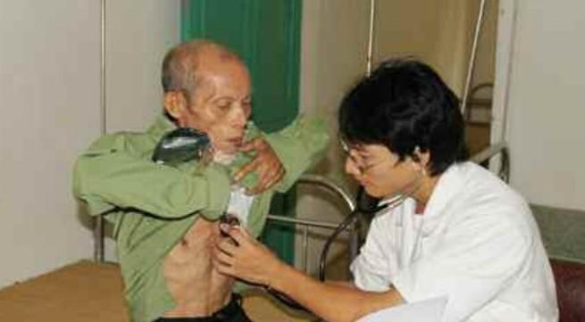 Để người dân vùng sâu, vùng xa được chăm sóc sức khỏe tại cơ sở