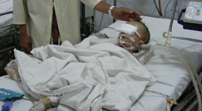 """Bé gái 16 tháng tuổi chấn thương sọ não ở nhà trẻ """"chui"""" tử vong"""