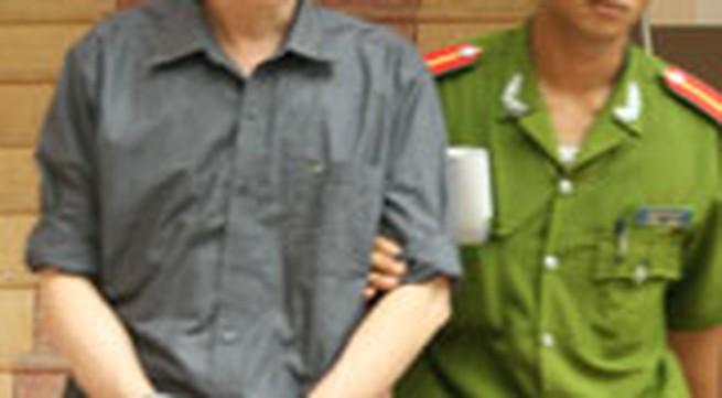 Phúc thẩm vụ án hiếp dâm trẻ em ở Văn Lâm – Hưng Yên: Người giám hộ bị lục soát