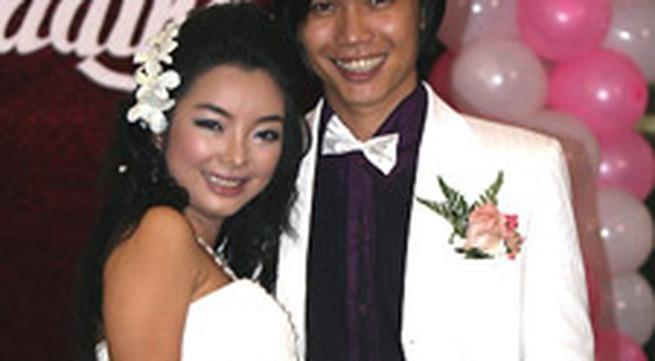 Đám cưới lãng mạn của ca sĩ Phương Anh