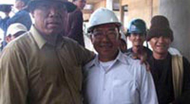 """""""Thần đèn"""" Nguyễn Cẩm Lũy di dời công trình 3.000 tấn"""