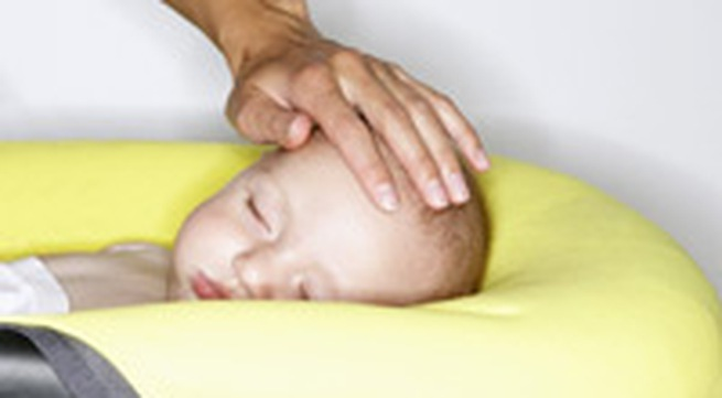 Có nên dùng thuốc kháng viêm chứa corticoid cho trẻ viêm họng?