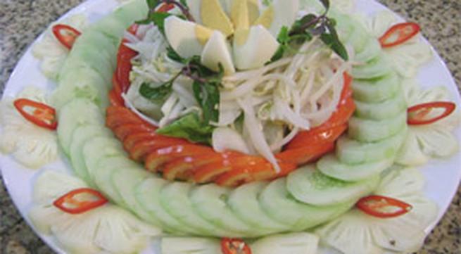 Salat trộn dầu dấm
