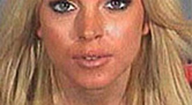 Lindsay Lohan chỉ ngồi tù 84 phút